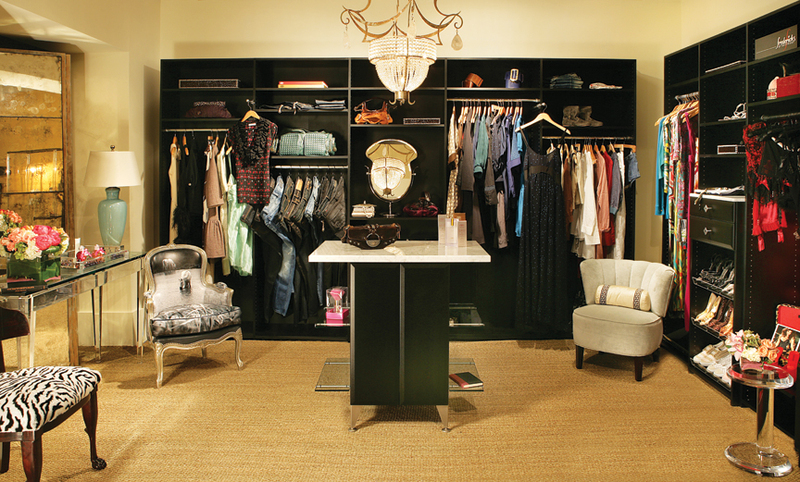 http://www.organizingla.com/photos/uncategorized/2007/06/22/young_hollywood_closet.jpg